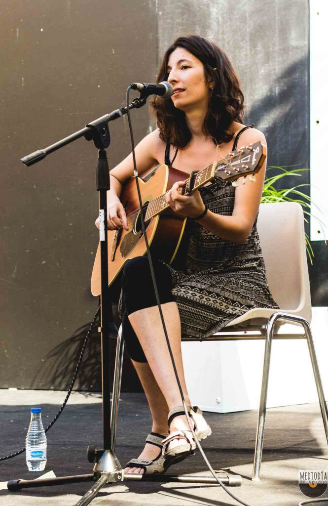 Poeta Sandra Zamora El tren
